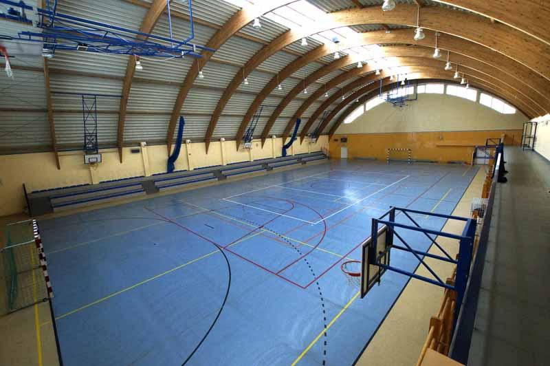 Hala sportowa (2)